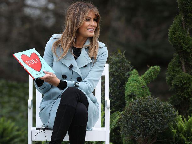 Melania Trump esiintyi tapahtumassa myös ilman miestään ja luki lapsille satukirjaa.