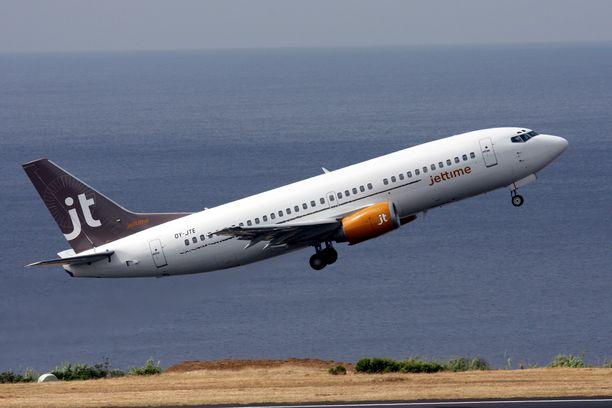 Jet Time on lentänyt vuodesta 2006 Tjäreborgin ja TUI:n lomalentoja Helsinki-Vantaalta, Tampereelta, Vaasasta ja Oulusta.