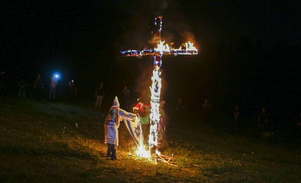 Ku Klux Klan on tunnettu erityisesti juutalaisvastaisuudesta ja tiukasta rotuopista.