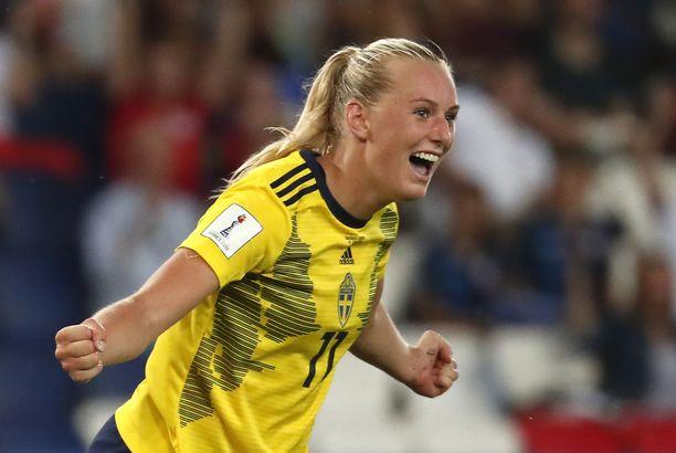 Stina Blacksteniusin maali siivitti Ruotsin puolivälieriin.