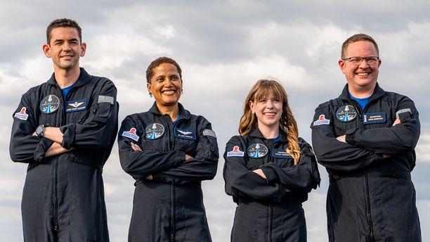 Jared Isaacman, Sian Proctor, Hayley Arceneaux ja Chris Sembroski lentävät avaruuteen kolmeksi päiväksi.