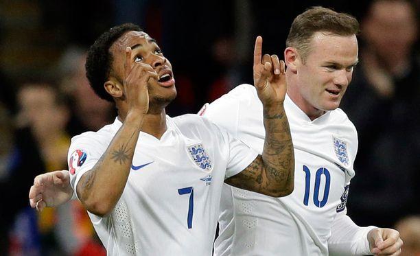 Raheem Sterling osui Liettuaa vastaan Englannin EM-karsintaottelussa.