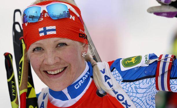 Kaisa Mäkäräinen nappasi lauantaina kauden neljännen voittonsa maailmancupissa.
