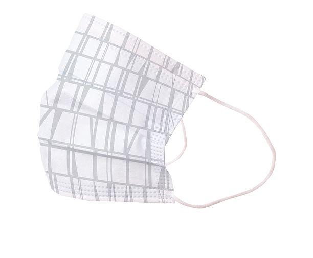 Finlayson kertakäyttöinen kasvomaski, jossa on hillitty kuosi. Maski sopii jopa sairaalakäyttöön. Niissä on kolme sulapuhalletusta materiaalista valmistettua kerrosta, jotka on sijoitettu kuitukankaan väliin.
