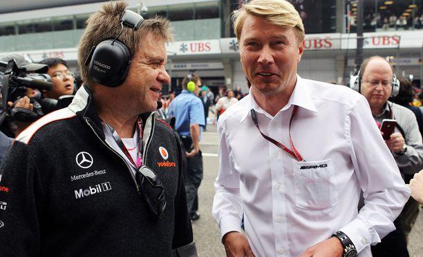 Mika Häkkinen sai houkuteltua Aki Hintsan F1-ympyröihin.