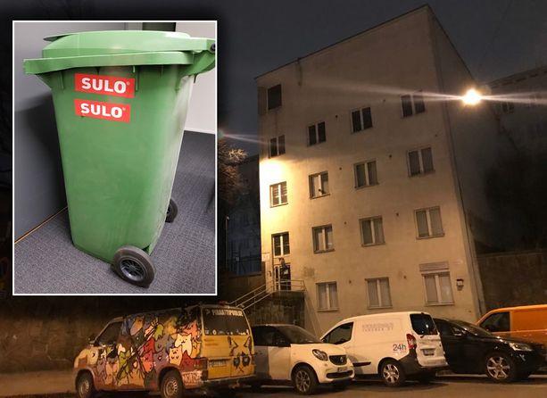 Pelastuslaitoksen mukaan turman aiheuttanut roska-astia oli tuntomerkeiltään samankaltainen kuin kuvassa oleva.