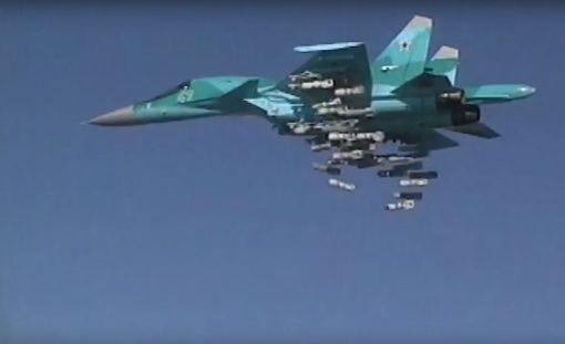 Venäjän puolustusministeriön viime vuoden puolella julkaisema kuva Sukhoi Su-34 hävittäjästä. Kuvan kone ei liity syyrialaiskoneen alasampumiseen.