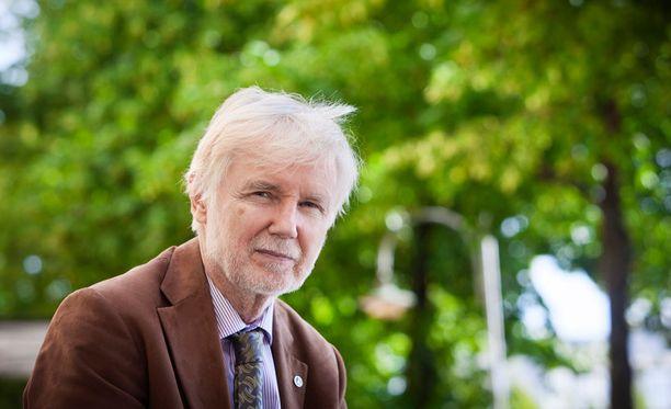 Erkki Tuomiojan mukaan sopimus ei tarkoita, että Suomi liittyisi Natoon.