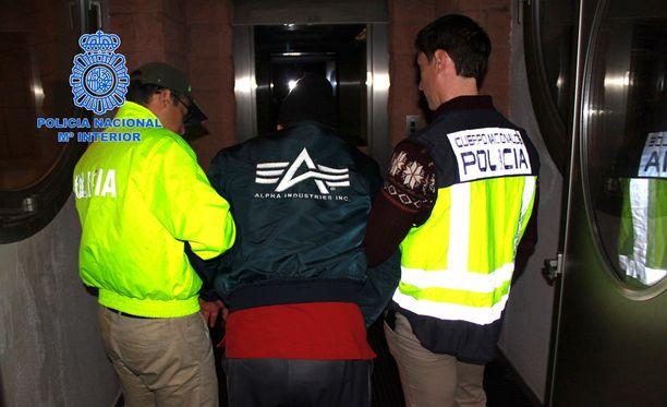 """""""Sairaanhoitaja"""" otettiin kiinni Madridissa sunnuntaina."""