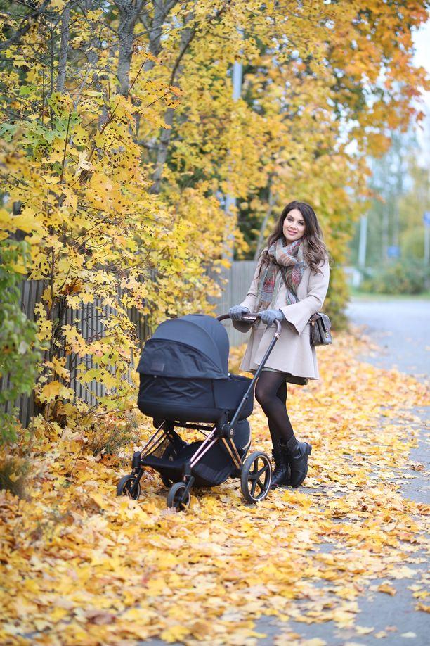 Perheenäiti Anna Pastak on tullut tunnetuksi suositusta blogistaan.