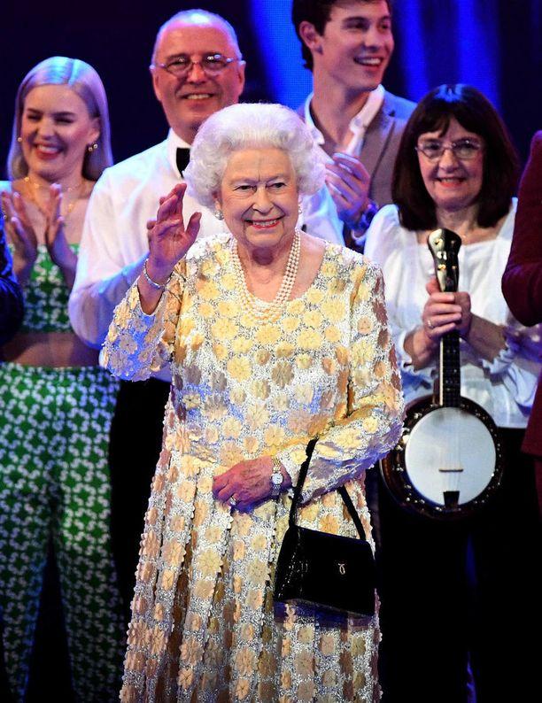 Kuningatar Elisabet täytti kunnioitettavat 92 vuotta eilen lauantaina.