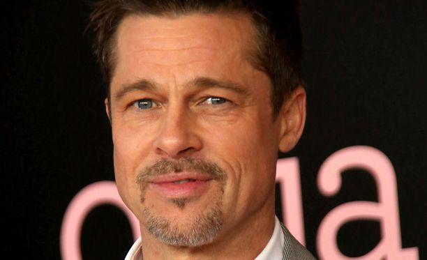 Brad Pitt erosi ex-vaimostaan Angelina Joliesta vuonna 2016.