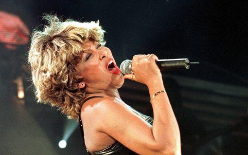 Tina Turner valittiin rockin Hall of Fameen Yhdysvalloissa – myöhäinen valinta kummastuttaa
