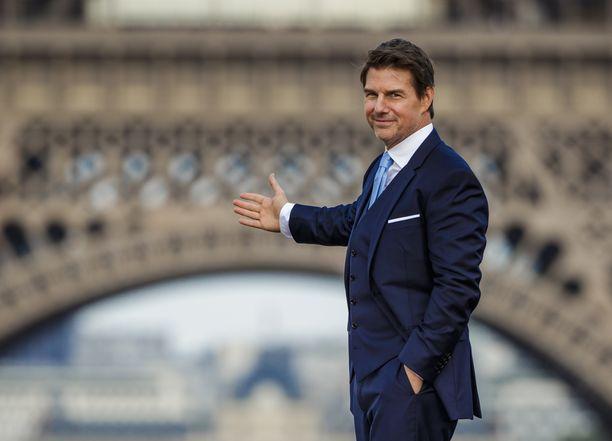Skientologiakirkon johtajan David Miscavignen on kerrottu uhkailleen kirkon jäseniä Tom Cruisen antamalla löylytyksellä.