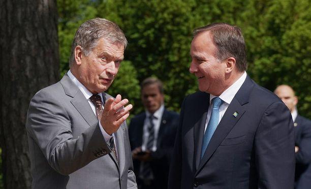 Sauli Niinistö ja Stefan Löfven Naantalissa kesäkuussa 2016.