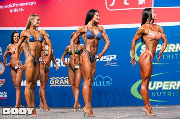 Maaret Nousiainen (keskellä) voitti jo kolmannen perättäisen body fitnessin SM-kultansa.