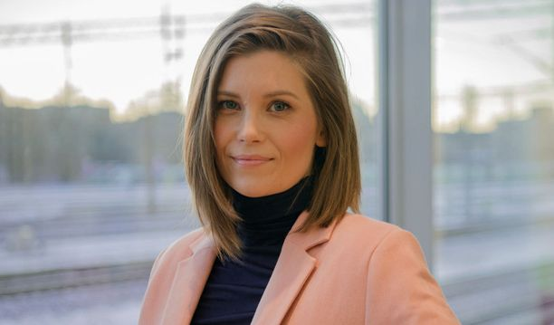 Laura Närhi palaa keikoille syksyllä.