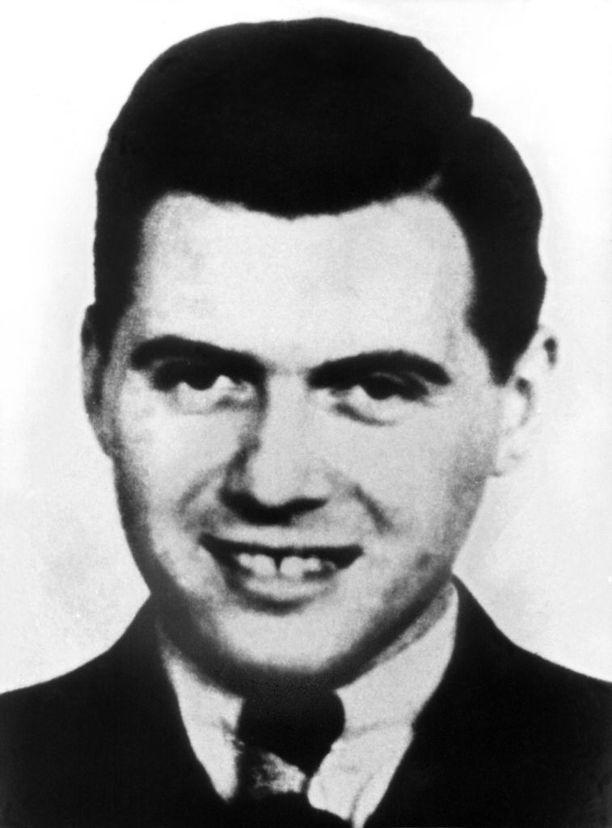 Vuodelle 1938 päivätty kuva Josef Mengelestä.