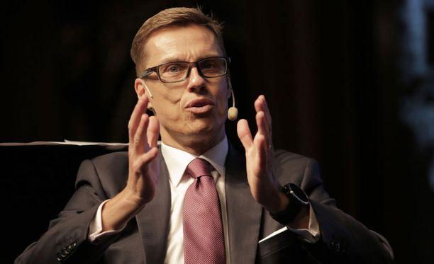 Kansanedustaja Alexander Stubb on saanut tuhansia euroja puhetilaisuuksista.
