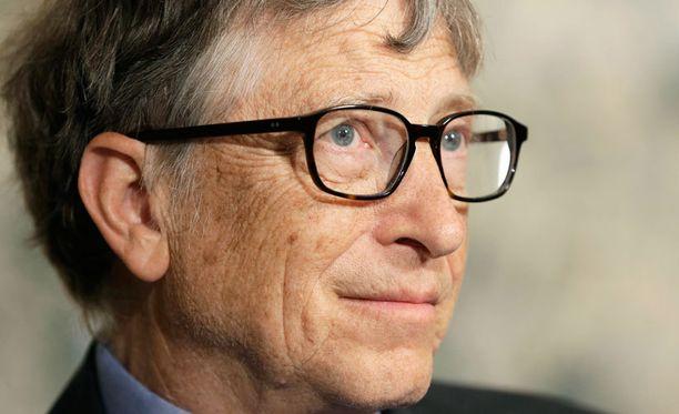 Microsoftin perustaja ja entinen toimitusjohtaja Bill Gates kommentoi iPhone-kiistaa hyväntekeväisyyssäätiönsä lehdistötilaisuudessa.