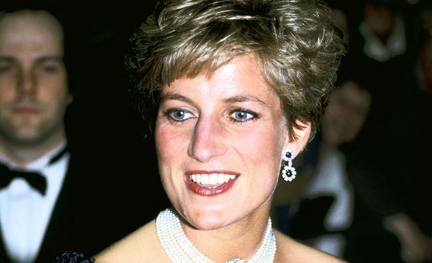 Dianan kuolemasta tulee kohta kaksikymmentä vuotta.