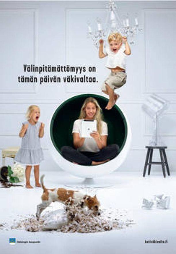 Tämänvuotisessa Helsingin lähisuhdeväkivaltaa vastustavassa kampanjassa kuvien päähenkilöinä ovat äiti ja lapset. Se on aiheuttanut vihaisen palauteryöpyn.