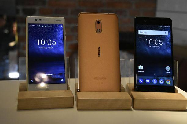 Vasemmalta Nokia 3, Nokia 6 ja Nokia 5.