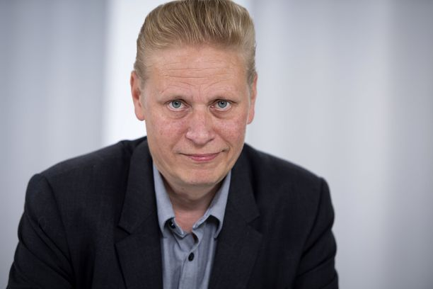 Entinen rauhanturvaaja Tuomas Muraja ei tiedä, ovatko hänen vanhat työkaverinsa päässeet turvaan.