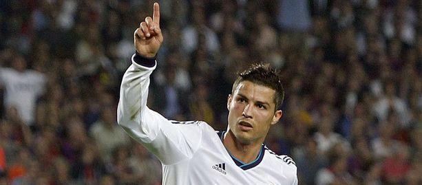 Cristiano Ronaldo lähtee sittenkin Moskovaan.