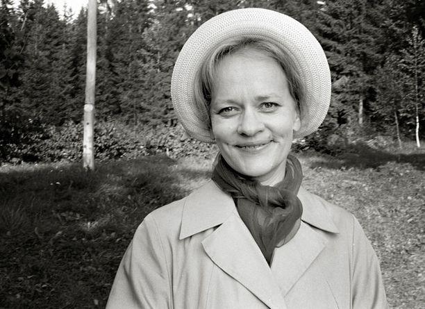 Eila Roineen tulkitsema Helmi Honkonen näyttää mielestään ikäistään nuoremmalta.