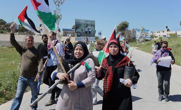 Palestiinalaisia mielenosoittajia Länsirannalla. Arkistokuva.