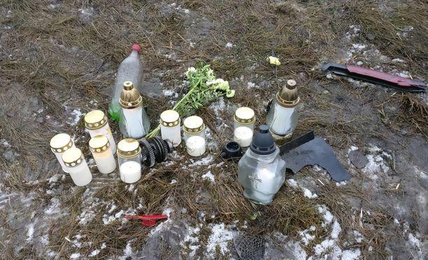 Kaksi 17-vuotiasta nuorta kuoli nokkakolarissa Sastamalassa lauantai-iltana.