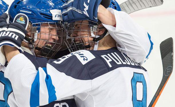 Patrik laine ja Jesse Puljujärvi saivat maalitilinsä avattua Valko-Venäjää vastaan.