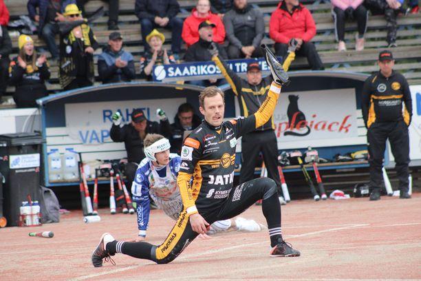 Kouvolan lukkari Janne Kivipelto pelaa erinomaista kautta. Mies hamuaa samalla ensimmäistä kultaansa.