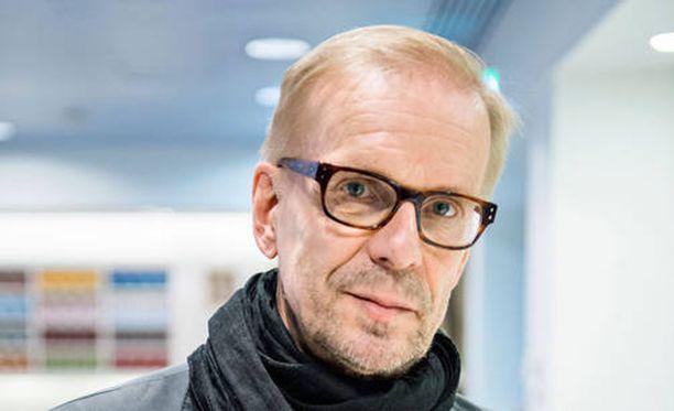 Jukka Puotilan juhlakiertue järjestetään uudelleen ensi vuoden keväällä.