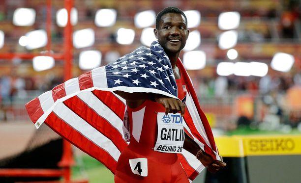 Justin Gatlin juoksi hopealle 100 ja 200 metrin kilpailuissa.