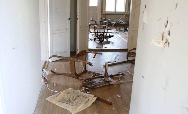 Sipoon kuntakeskuksessa Nikkilässä sijaitseva Villa Soltuna koki mittavia vahinkoja lauantaisen ilkivallan seurauksena.
