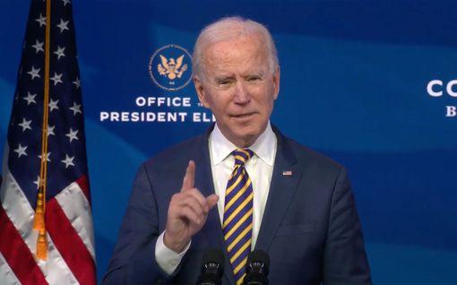 """Joe Biden vaatii Trumpia käskemään kannattajansa pois kongressista: """"Täytä valasi"""""""