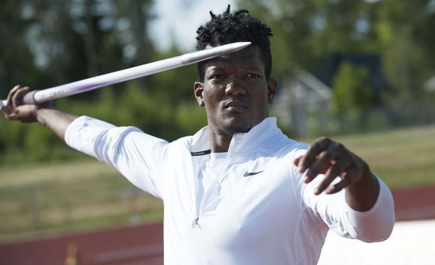 Keshorn Walcott on keihään olympiavoittaja vuosimallia 2012. Hän kilpaili viime sunnuntaina Raaseporin Tähtikisoissa.
