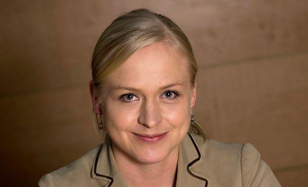Elina Lepomäki on 34-vuotias, kokoomuksen toisen kauden kansanedustaja Uudeltamaalta.
