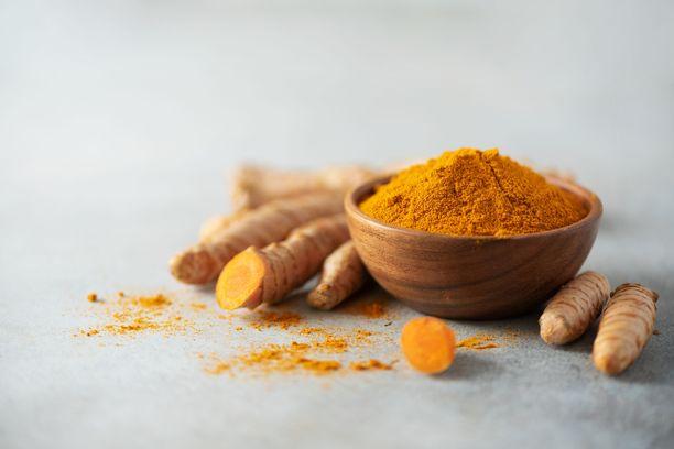 Kurkuma on monelle tuttu mausteena, mutta sitä on jo vuosituhansien ajan käytetty myös lääkeyrttinä.