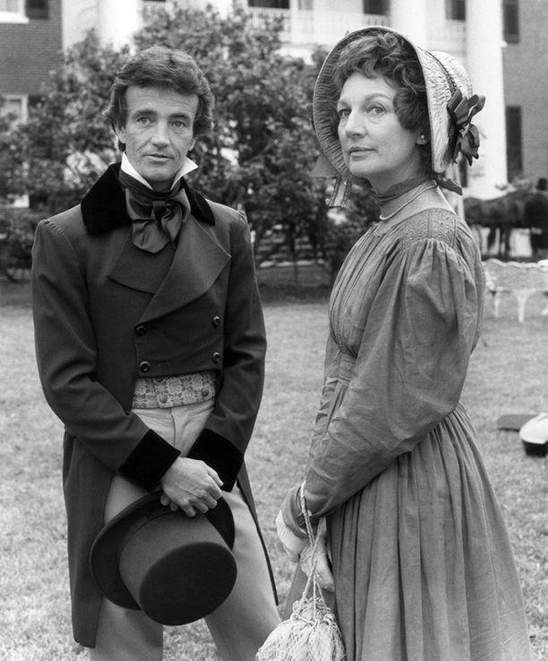 Allyn Ann McLerie teki pitkän uran. Kuvassa kohtaus Belau land -elokuvasta, vasemmalla näyttelijä Robert Walker Jr.