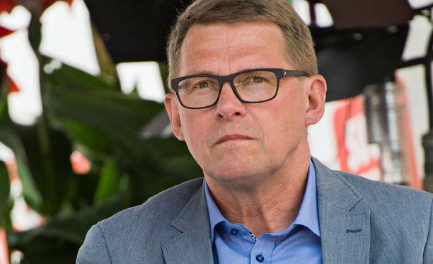Matti Vanhanen (kesk).