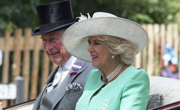 Cornwallin herttuatar Camilla, 70, on tuttu näky puolisonsa rinnalla erilaisissa edustustilaisuuksissa.
