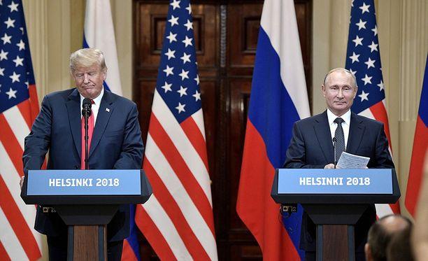 Amerikkalaisasiantuntija Jeffrey Edmonds arvioi, että Trump sivuutti huippukokouksen yhteydessä tilaisuuden tehdä Putinille selväksi median edessä, että muiden maiden vaaleihin sotkeutuminen ei ole hyväksyttävää.