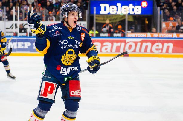 Arttu Ilomäki teki ennätyspisteensä Lukossa kaudella 2018–19.
