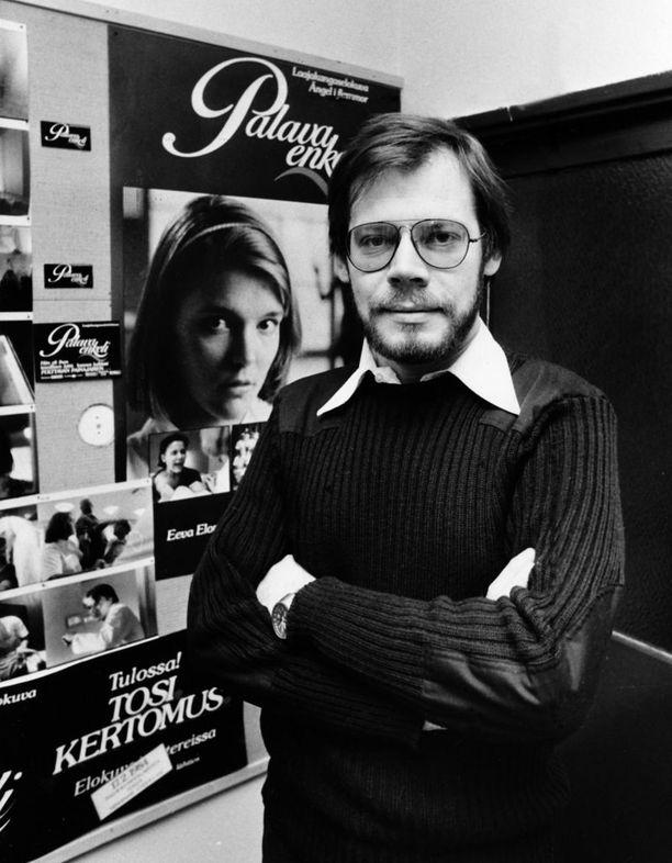 Lauri Törhöstä on kuvailtu muun muassa teräväkieliseksi ja äkkipikaiseksi mieheksi, jolla on mielipide kaikkeen. Kuvassa ohjaaja vuonna 1984.