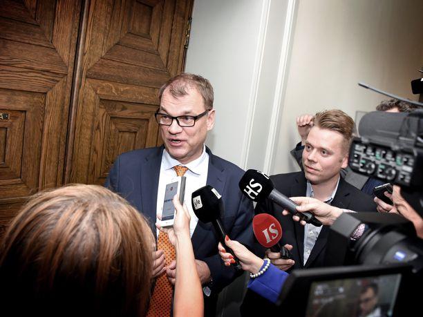Viime aikoina ei ole ollut montakaan päivää, kun pääministeri Juha Sipilä (kesk) ei ole joutunut kommentoimaan irtisanomislain vuoksi mutkalle menneitä työmarkkinatilanteita.