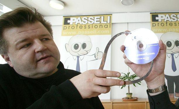 Heikki Taipale esitteli Passelia vuonna 2003.