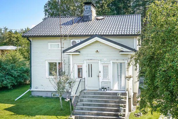 Tämä 1948 rakennettu rintamamiestalo sijaitsee myös Porvoossa.